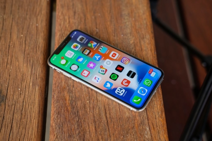 Apple Signals Downtrend As Foxconn Reports Weak Results